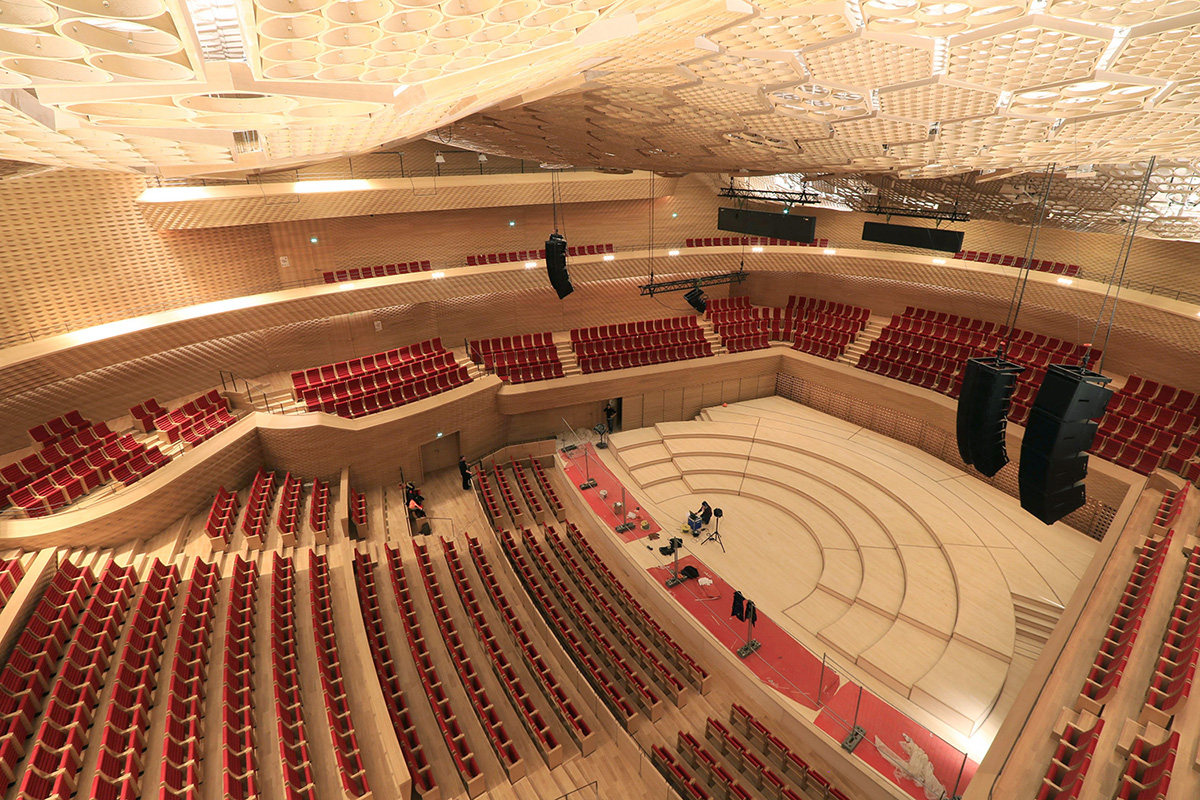 construction-timelapse-seine-musicale-auditorium