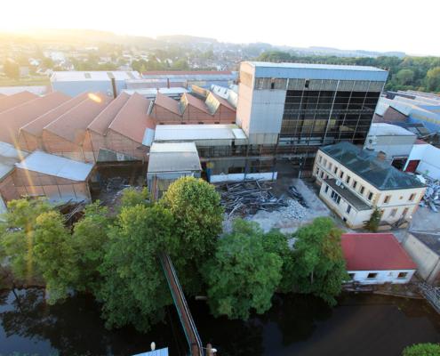 timelapse-déconstruction-usine-trefimetaux